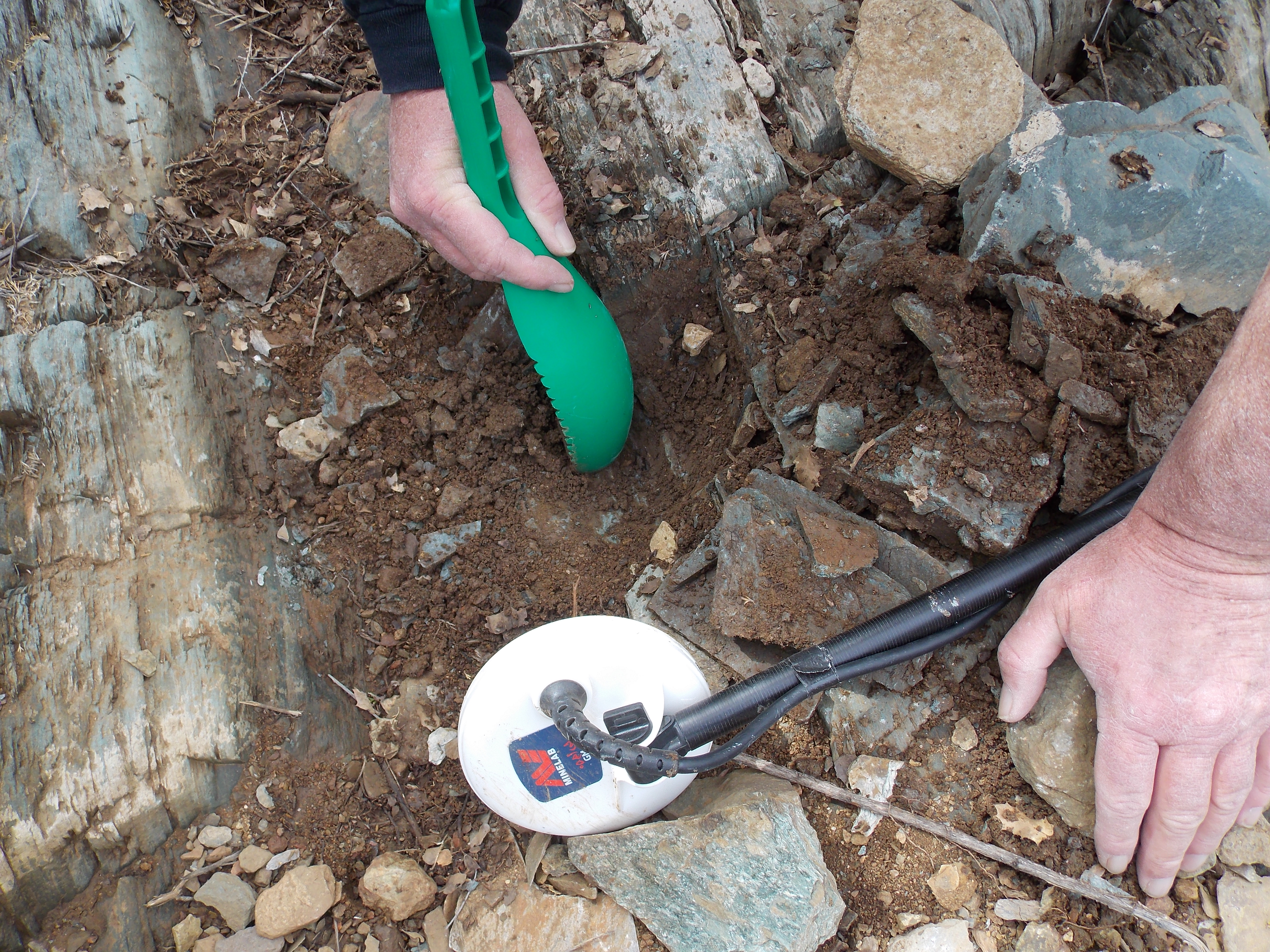 A Field Test: MINELAB GOLD MONSTER 1000 - Gold Prospectors